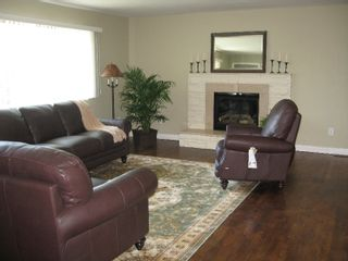 Photo 2: 1973 CUSTER Court in Coquitlam: Harbour Place House for sale : MLS®# V727737