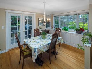 Photo 5: 2515 Central Ave in : OB South Oak Bay House for sale (Oak Bay)  : MLS®# 854746