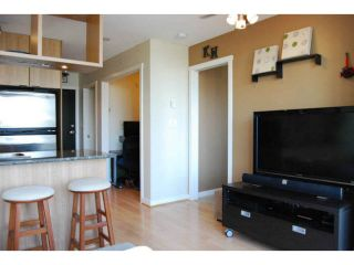 """Photo 3: 2205 1001 RICHARDS Street in Vancouver: Downtown VW Condo for sale in """"MIRO"""" (Vancouver West)  : MLS®# V1084567"""