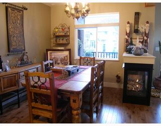 """Photo 3: 17 39758 GOVERNMENT Road in Squamish: Northyards Townhouse for sale in """"ARBOURWOODS"""" : MLS®# V680823"""