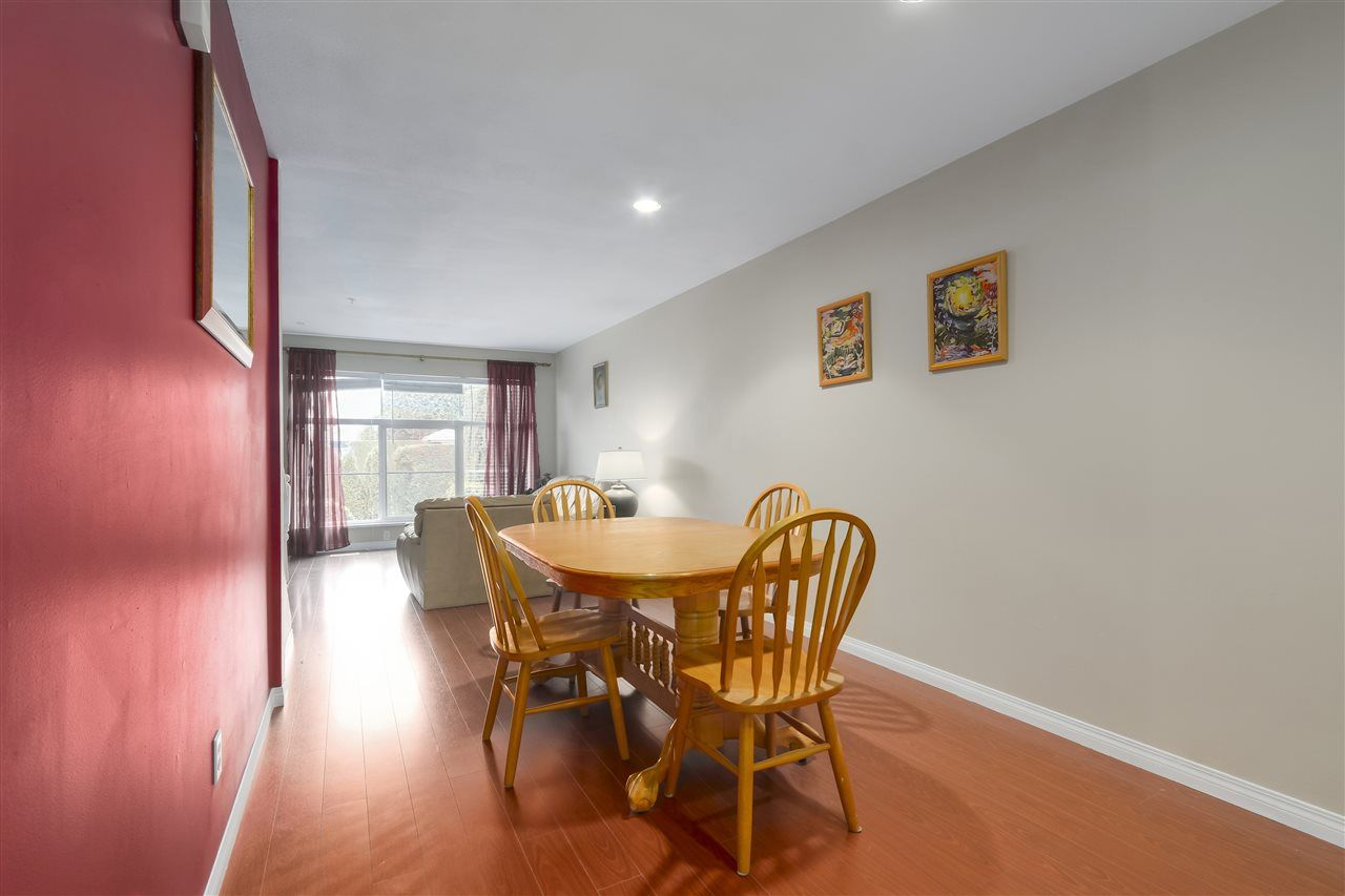 """Photo 8: Photos: 61 758 RIVERSIDE Drive in Port Coquitlam: Riverwood Townhouse for sale in """"RIVERLANE ESTATES"""" : MLS®# R2444396"""