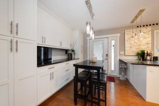 Photo 9: 11427 38 Avenue in Edmonton: Zone 16 House for sale : MLS®# E4249009