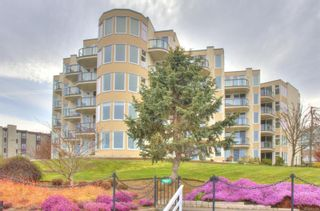 Photo 2: 1A 9851 Second St in : Si Sidney North-East Condo for sale (Sidney)  : MLS®# 871455
