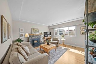 Photo 6: 4317 DUNDAS Street in Burnaby: Vancouver Heights House for sale (Burnaby North)  : MLS®# R2562892