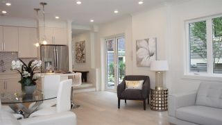 """Photo 8: 1838 W 12TH Avenue in Vancouver: Kitsilano Townhouse for sale in """"THE FOX HOUSE"""" (Vancouver West)  : MLS®# R2220651"""