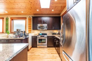 """Photo 5: 1006 PENNYLANE Place in Squamish: Hospital Hill House for sale in """"Hospital Hill"""" : MLS®# R2520358"""