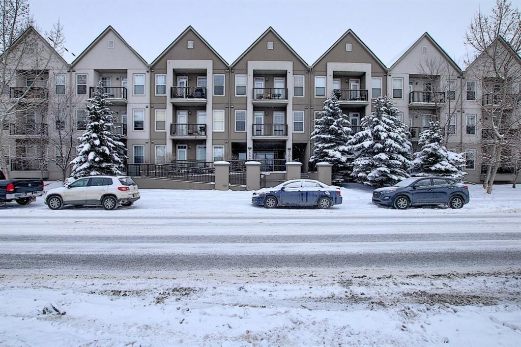 Main Photo: 222 15304 BANNISTER Road SE in Calgary: Midnapore Apartment for sale : MLS®# A1066486