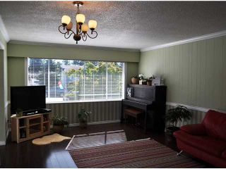 Photo 4: 19359 HAMMOND RD in Pitt Meadows: Central Meadows House for sale : MLS®# V904549