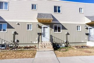 Photo 2: 18138 81 Avenue NW in Edmonton: Zone 20 Townhouse for sale : MLS®# E4239667