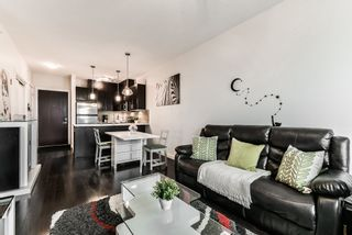 """Photo 4: 405 7777 ROYAL OAK Avenue in Burnaby: South Slope Condo for sale in """"THE SEVENS"""" (Burnaby South)  : MLS®# R2347654"""