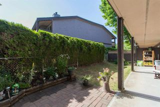 "Photo 17: 812 34909 OLD YALE Road in Abbotsford: Abbotsford East Townhouse for sale in ""The Gardens"" : MLS®# R2189327"