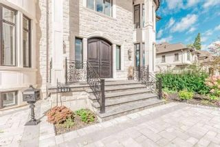 Photo 2: 2431 Loanne Dr in Mississauga: Sheridan Freehold for sale : MLS®# W5167503
