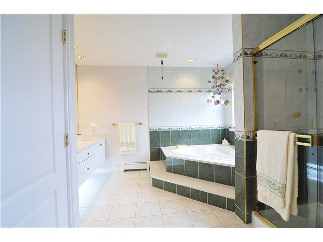 Photo 13: Photos: 3092 FISHER Court in Coquitlam: Westwood Plateau House for sale : MLS®# V1133812
