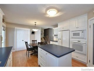 Photo 5: 46 WHEELER Crescent in Regina: Walsh Acres Single Family Dwelling for sale (Regina Area 01)  : MLS®# 551653