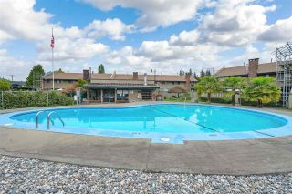 """Photo 29: 36 5850 177B Street in Surrey: Cloverdale BC Townhouse for sale in """"Dogwood Gardens"""" (Cloverdale)  : MLS®# R2613393"""