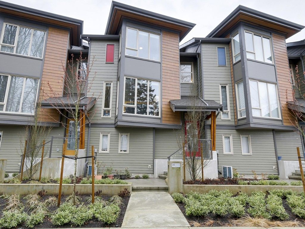 """Main Photo: 10 757 ORWELL Street in North Vancouver: Lynnmour Townhouse for sale in """"LEGACY AT NATURES EDGE"""" : MLS®# R2152160"""