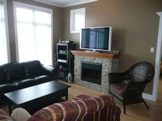 Photo 2: 310 4280 Moncton Street in Richmond: Home for sale