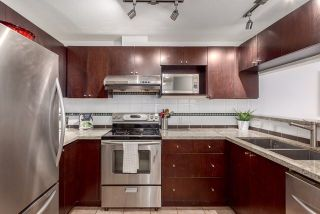 """Photo 5: 305 511 W 7TH Avenue in Vancouver: Fairview VW Condo for sale in """"Beverly Gardens"""" (Vancouver West)  : MLS®# R2221770"""