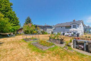 Photo 18: 2416 Mowat St in : OB Henderson House for sale (Oak Bay)  : MLS®# 881551