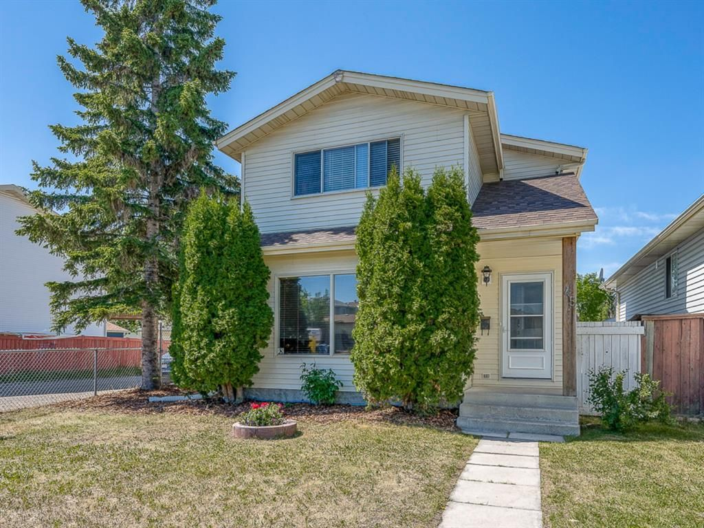 Main Photo: 45 Aberdare Road NE in Calgary: Abbeydale Detached for sale : MLS®# A1110096