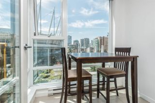 "Photo 8: 701 668 CITADEL PARADE in Vancouver: Downtown VW Condo for sale in ""SPECTRUM 2"" (Vancouver West)  : MLS®# R2189163"