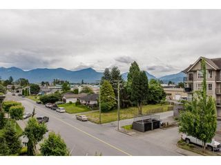"Photo 20: 301 9060 BIRCH Street in Chilliwack: Chilliwack W Young-Well Condo for sale in ""ASPEN GROVE"" : MLS®# R2181061"