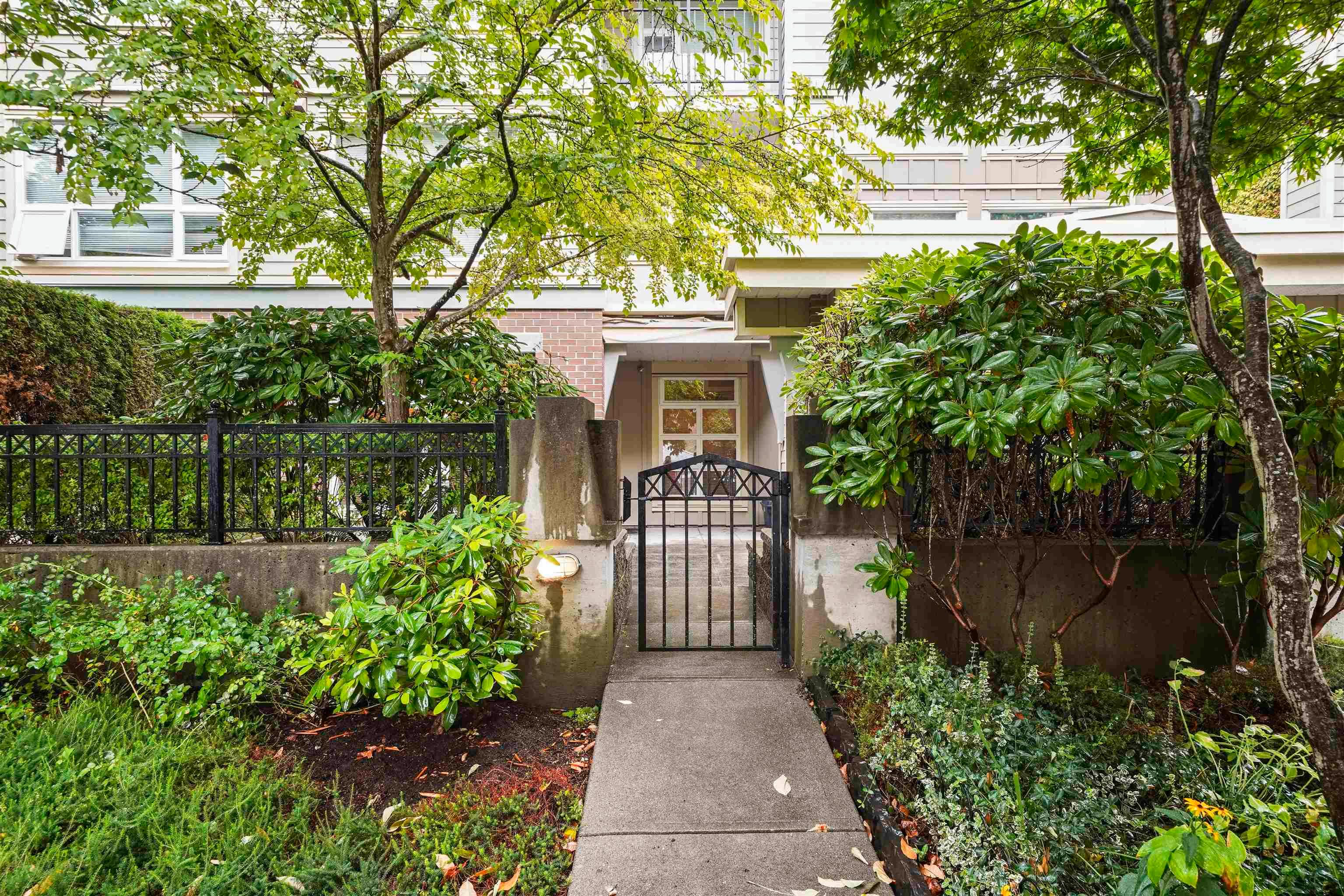 Main Photo: 101 3575 EUCLID Avenue in Vancouver: Collingwood VE Condo for sale (Vancouver East)  : MLS®# R2618333