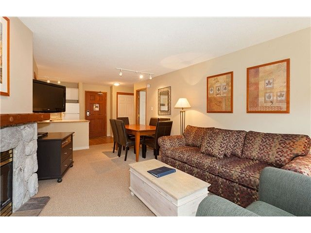 Photo 3: Photos: # 447 4800 SPEARHEAD DR in Whistler: Benchlands Condo for sale : MLS®# V1093279