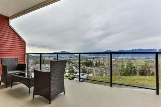"Photo 14: 12 6026 LINDEMAN Street in Chilliwack: Promontory Townhouse for sale in ""HILLCREST"" (Sardis)  : MLS®# R2547919"