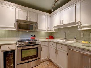Photo 11: 204 640 Montreal St in Victoria: Vi James Bay Condo for sale : MLS®# 839783