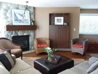 """Photo 4: 15367 Buena Vista Avenue Avenue in White Rock: Condo for sale in """"The """"PALMS"""""""""""