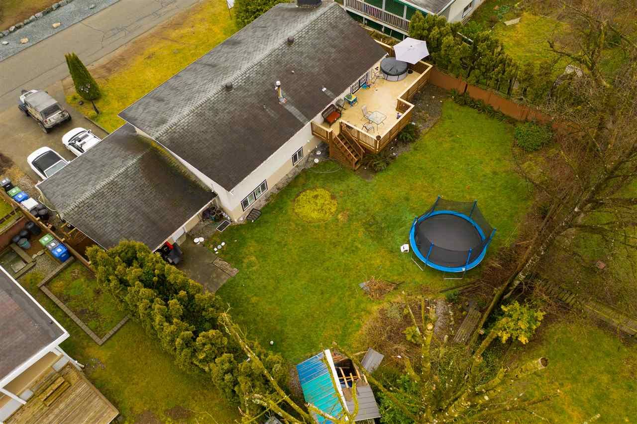 Photo 3: Photos: 2317 CASCADE Street in Abbotsford: Abbotsford West House for sale : MLS®# R2549498