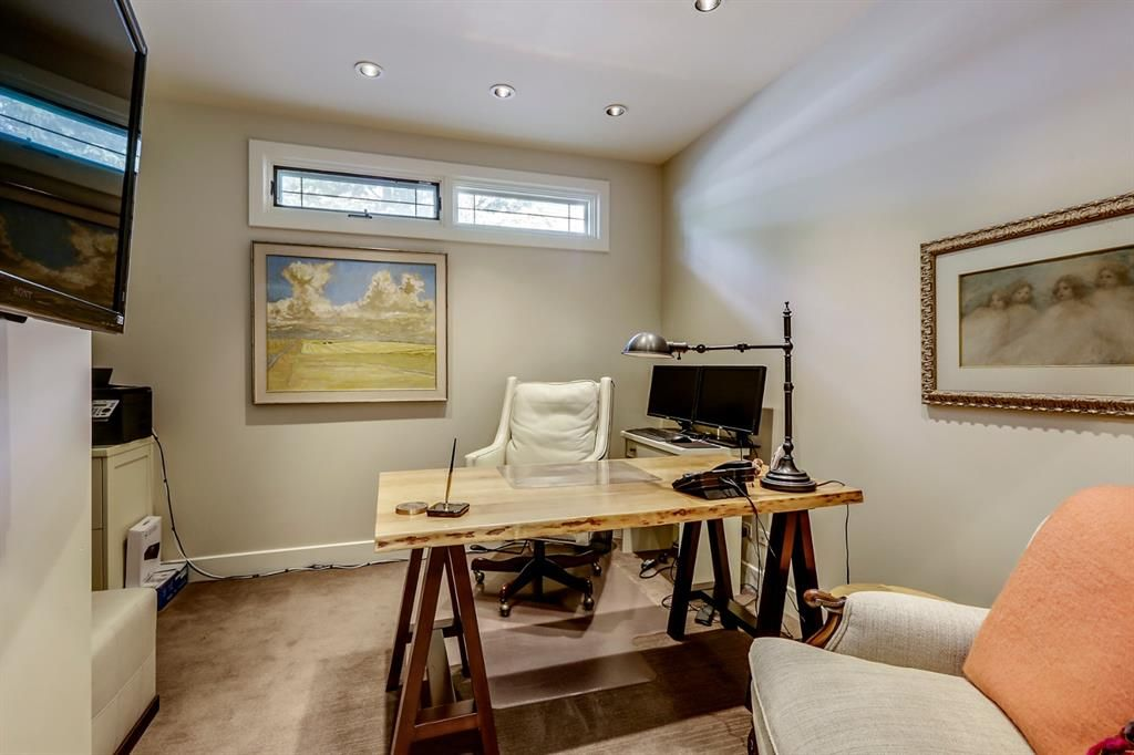 Photo 26: Photos: 2207 Amherst Street SW in Calgary: Upper Mount Royal Detached for sale : MLS®# A1062156