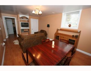 Photo 5: 2416 29 Avenue SW in CALGARY: Richmond Park Knobhl Residential Detached Single Family for sale (Calgary)  : MLS®# C3394096