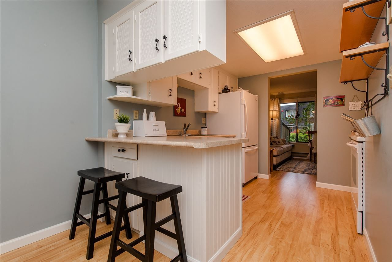 """Photo 6: Photos: 4 3015 TRETHEWEY Street in Abbotsford: Central Abbotsford Townhouse for sale in """"Birch Grove Terrace"""" : MLS®# R2272220"""