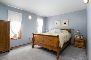 Photo 11: 109 Greendell Avenue in Winnipeg: Residential for sale (2C)  : MLS®# 202000545