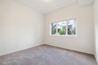 Photo 36: 12562 Crestmont Boulevard SW in Calgary: Crestmont Row/Townhouse for sale : MLS®# A1117892