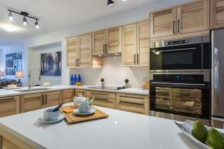 """Photo 5: 44 6651 203RD Street in Langley: Willoughby Heights Townhouse for sale in """"Sunscape"""" : MLS®# R2206956"""