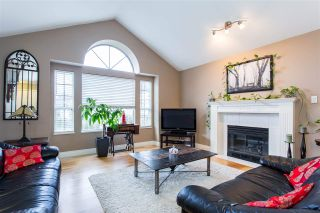 Photo 3: 8848 212A Street in Langley: Walnut Grove House for sale : MLS®# R2333206