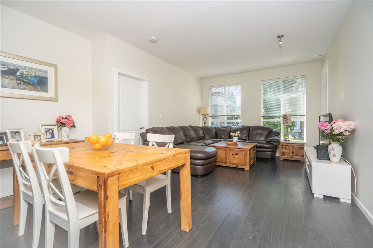 """Photo 12: Photos: 216 3107 WINDSOR Gate in Coquitlam: New Horizons Condo for sale in """"BRADLEY HOUSE"""" : MLS®# R2481599"""
