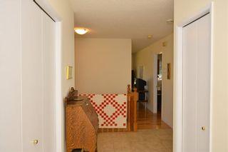 Photo 4: 18 VANDOOS GD NW in Calgary: Varsity House for sale : MLS®# C4135067