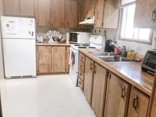 Photo 6: 28 4116 BROWNING Road in Sechelt: Sechelt District Manufactured Home for sale (Sunshine Coast)  : MLS®# R2343246
