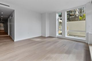 """Photo 11: 405E 1365 DAVIE Street in Vancouver: Downtown VW Condo for sale in """"MIRABEL"""" (Vancouver West)  : MLS®# R2625261"""