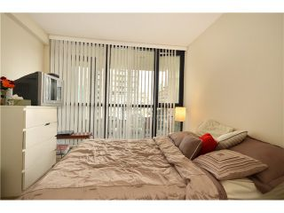 """Photo 9: 2305 928 HOMER Street in Vancouver: Yaletown Condo for sale in """"YALETOWN PARK 1"""" (Vancouver West)  : MLS®# V1023790"""