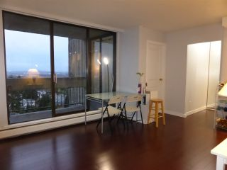 """Photo 5: 1105 6759 WILLINGDON Avenue in Burnaby: Metrotown Condo for sale in """"Balmoral on the Park"""" (Burnaby South)  : MLS®# R2124866"""