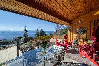 Photo 30: 6885 ISLANDVIEW Road in Sechelt: Sechelt District House for sale (Sunshine Coast)  : MLS®# R2549902