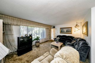 Photo 3: 6470 SUMAS Street in Burnaby: Parkcrest House for sale (Burnaby North)  : MLS®# R2507780