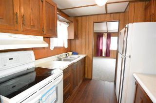 """Photo 3: 21 95 LAIDLAW Road in Smithers: Smithers - Rural Manufactured Home for sale in """"MOUNTAIN VIEW MOBILE HOME PARK"""" (Smithers And Area (Zone 54))  : MLS®# R2256996"""
