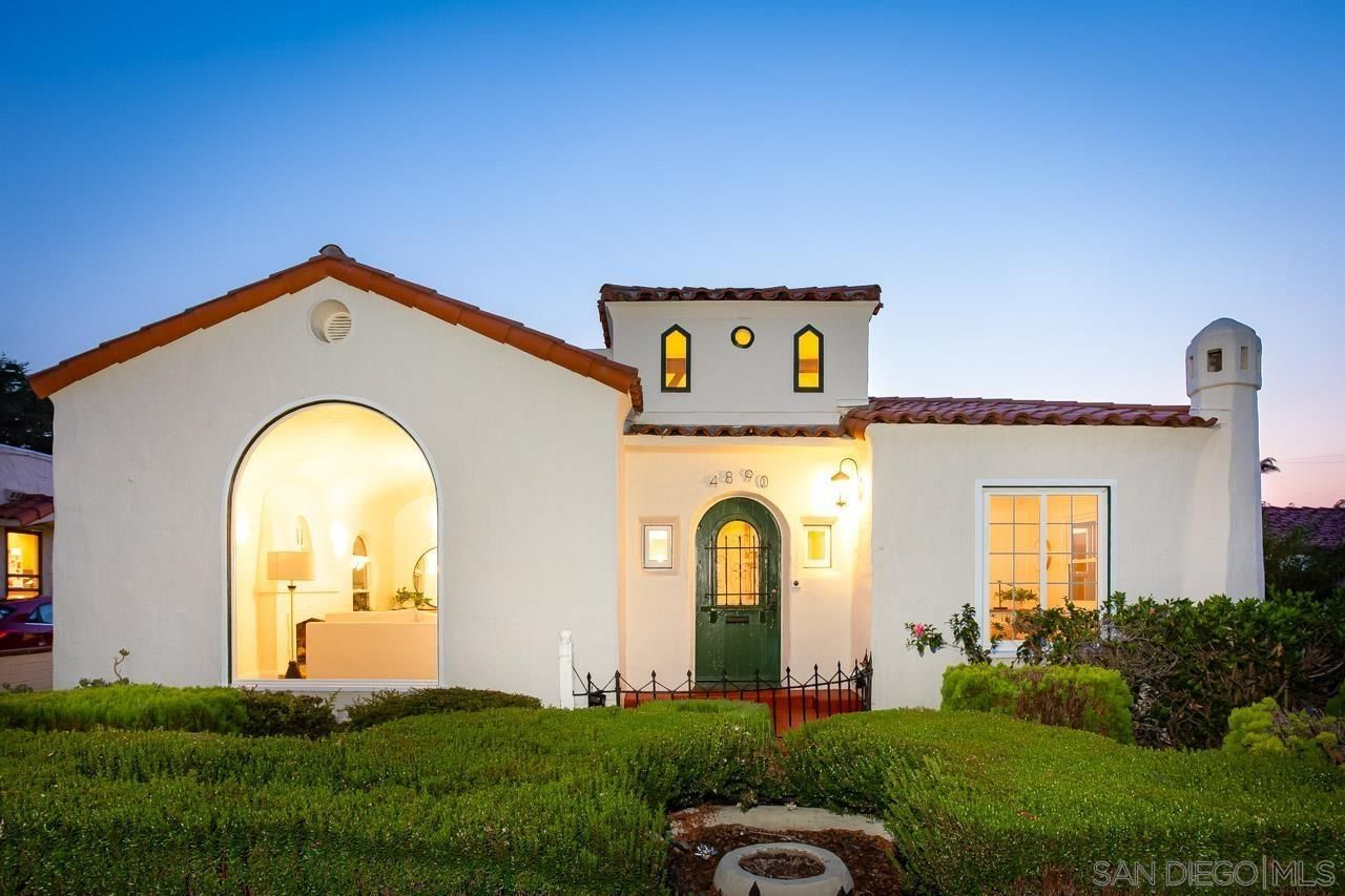 Main Photo: KENSINGTON House for sale : 3 bedrooms : 4890 Biona Dr in San Diego