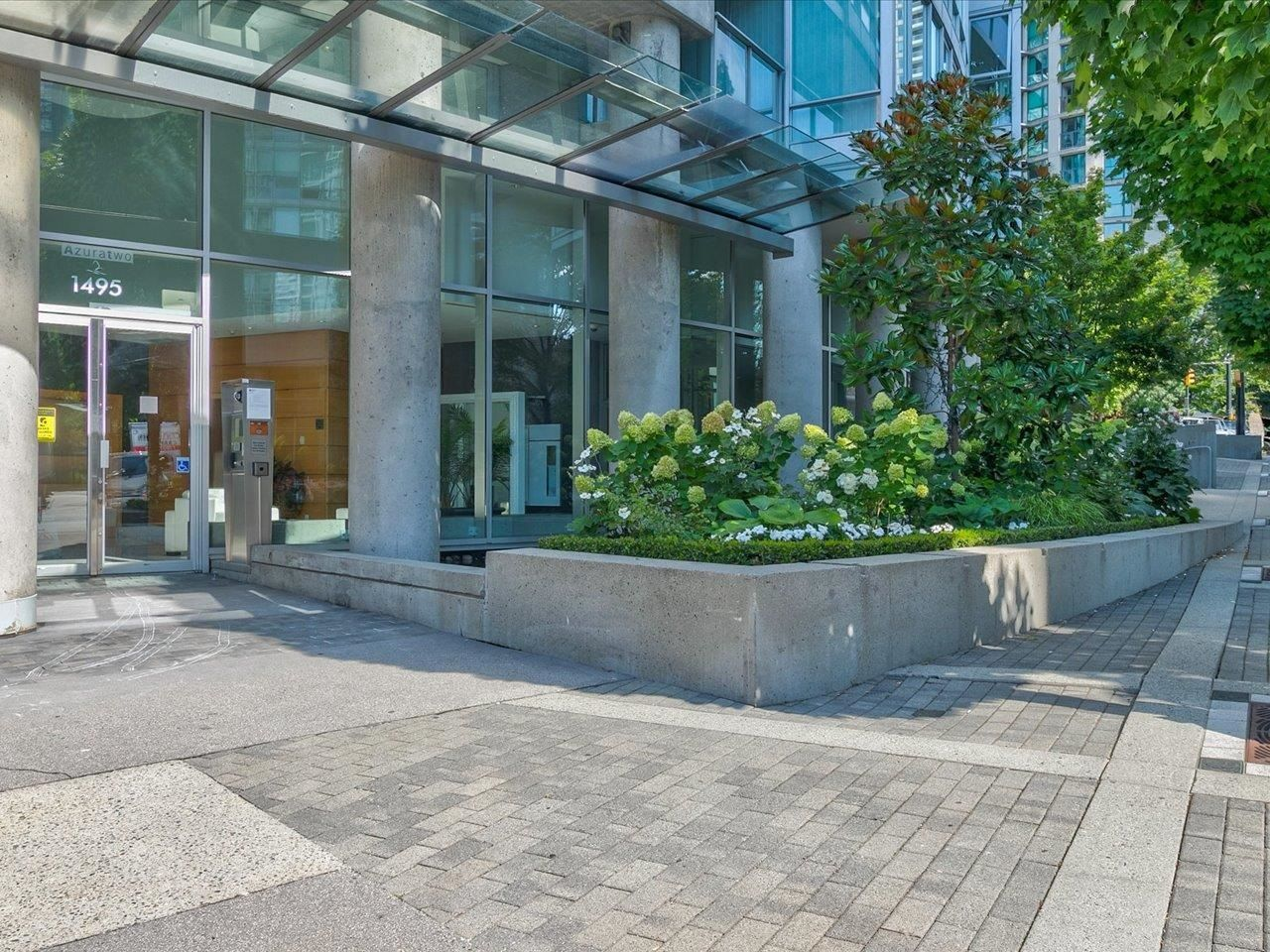 """Main Photo: 505 1495 RICHARDS Street in Vancouver: Yaletown Condo for sale in """"Azura Two"""" (Vancouver West)  : MLS®# R2616923"""